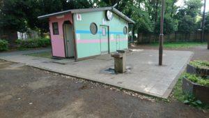 たけのこ公園のトイレ